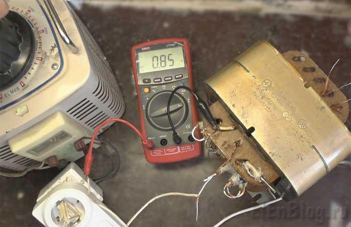Проверка-перемотанного-трансформатора(Расчёт-и-перемотка-трансформатора-#6)_Процесс-проверки-тока-х.х.-при-260В.