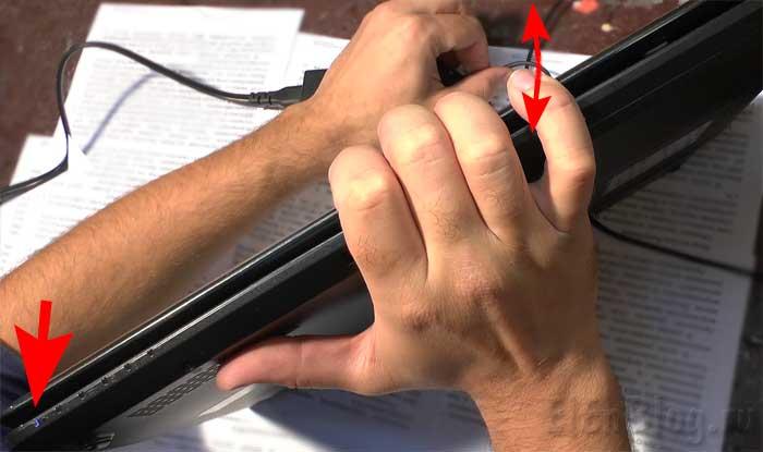 Ремонт-штекера-питания-ноутбука_Проверяем-где-перебит-кабель.