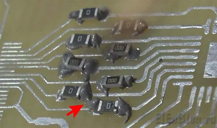 паяльная-паста-с-DX_Много-пасты-на-контактных-площадках.