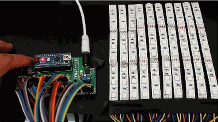 Kak sdelat' LED Begushhuju Stroku na Arduino v EasyEDA1